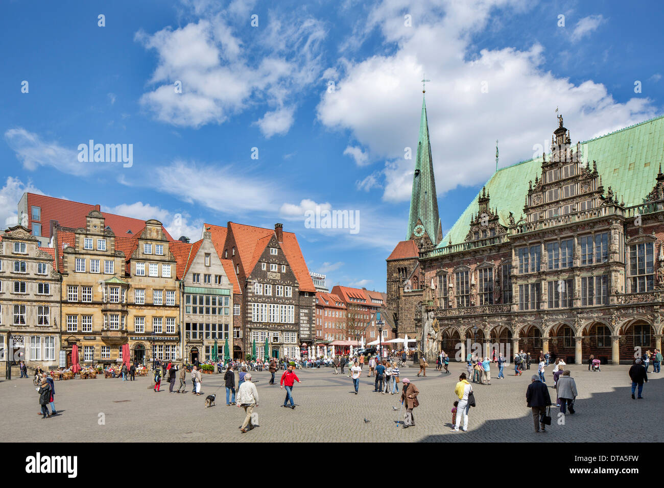 Bremen City Hall, Weser Renaissance, UNESCO World Cultural Heritage Site, Church of Our Lady and historic commercial buildings - Stock Image