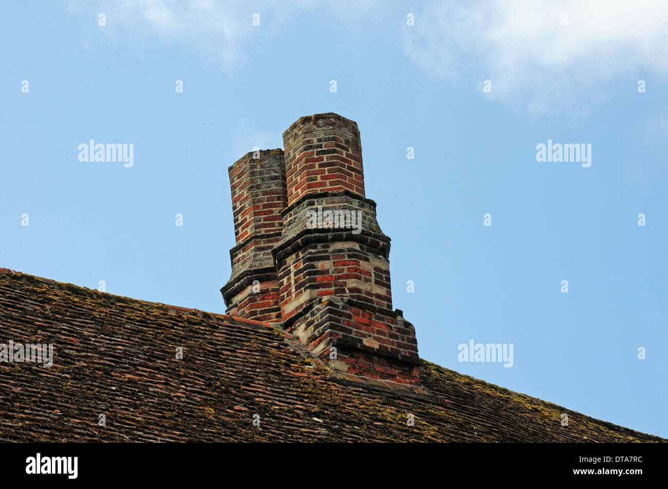 Old chimney pots, Lavenham. - Stock Image