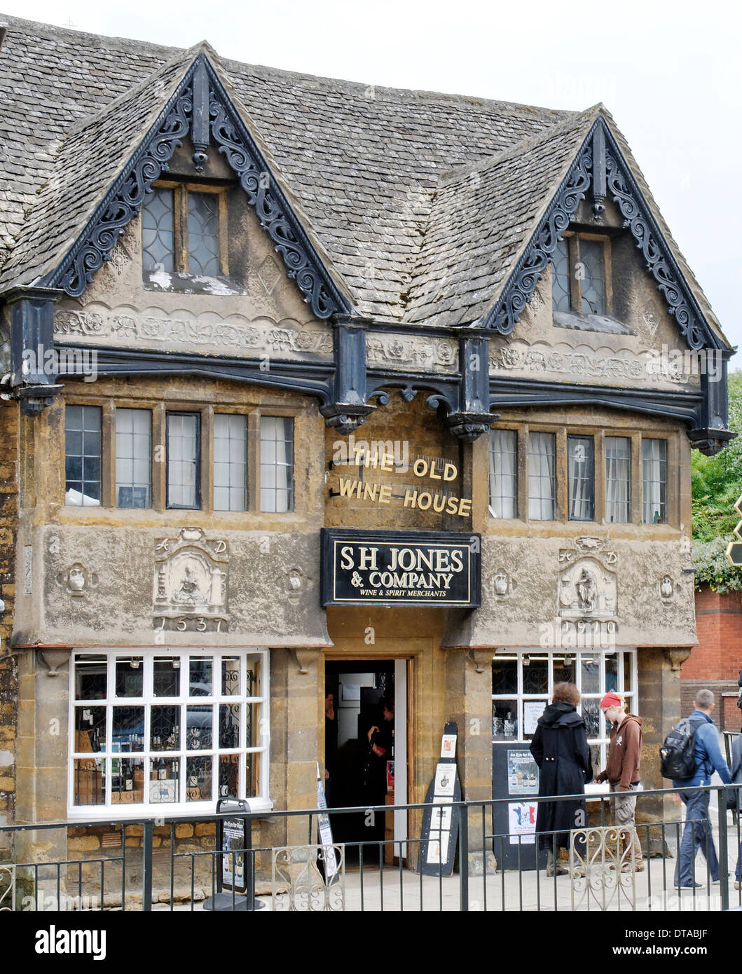 'Old WIne House' in Banbury, Oxfordshire, England - Stock Image