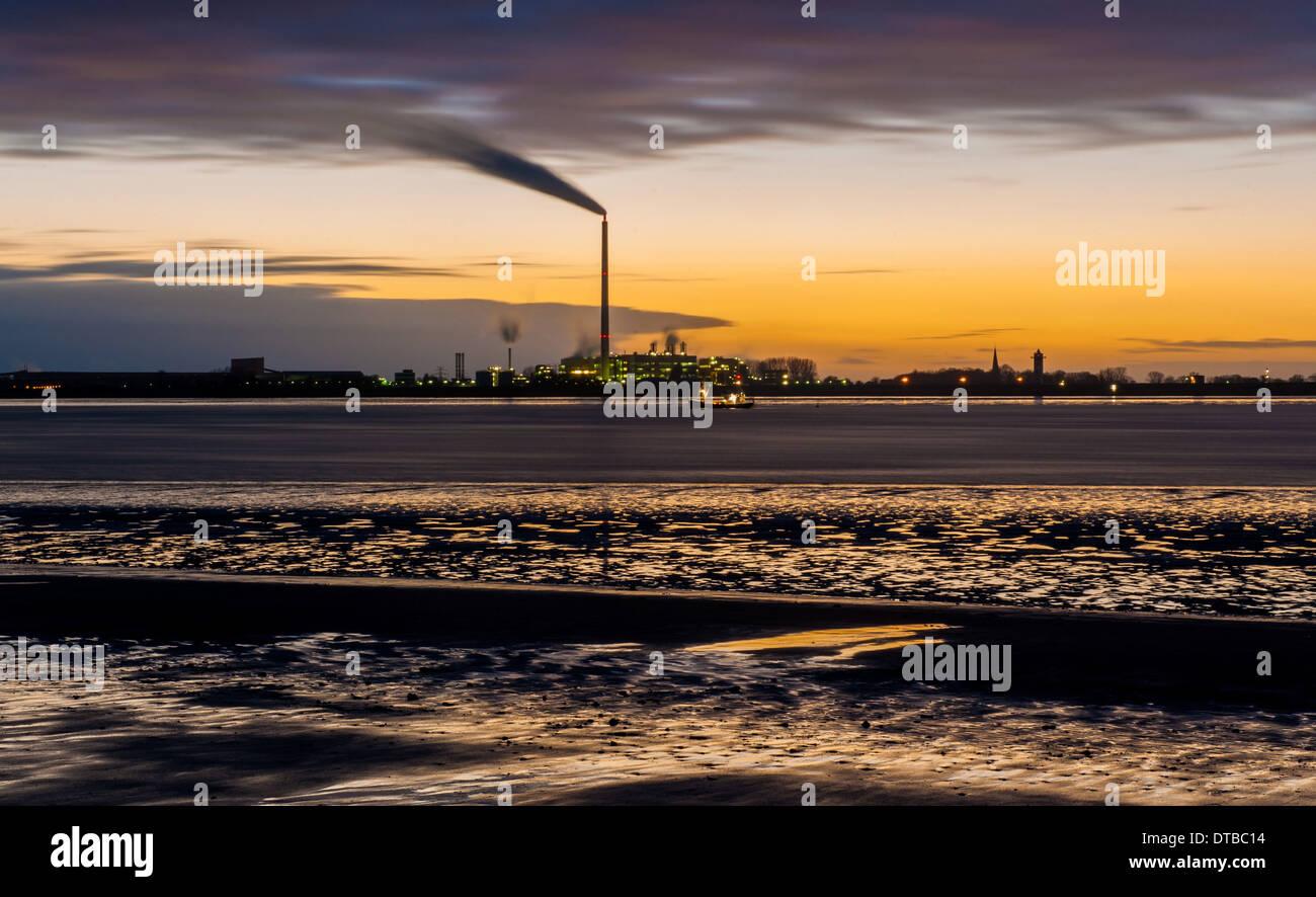 Bremerhaven, Germany , coal power plant Nordenham - Blexen Stock Photo