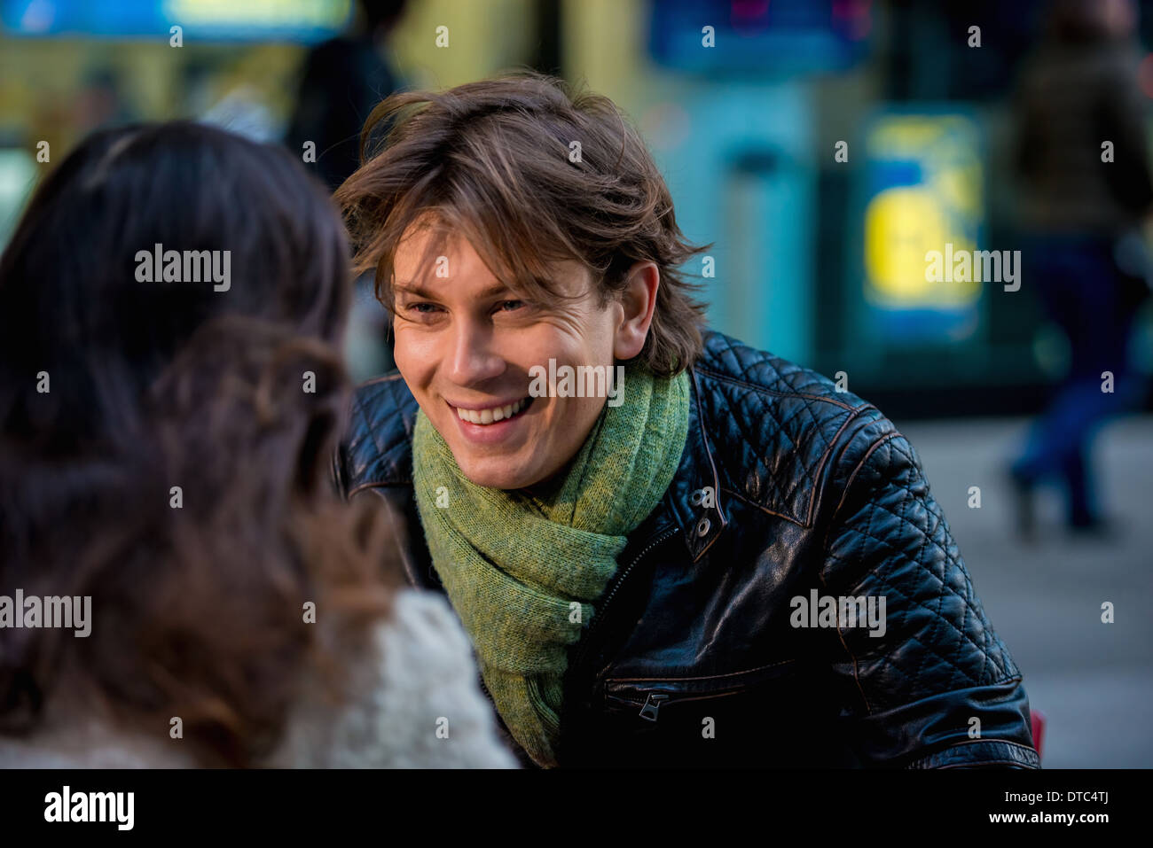 Young couple at sidewalk cafe, New York City, USA - Stock Image