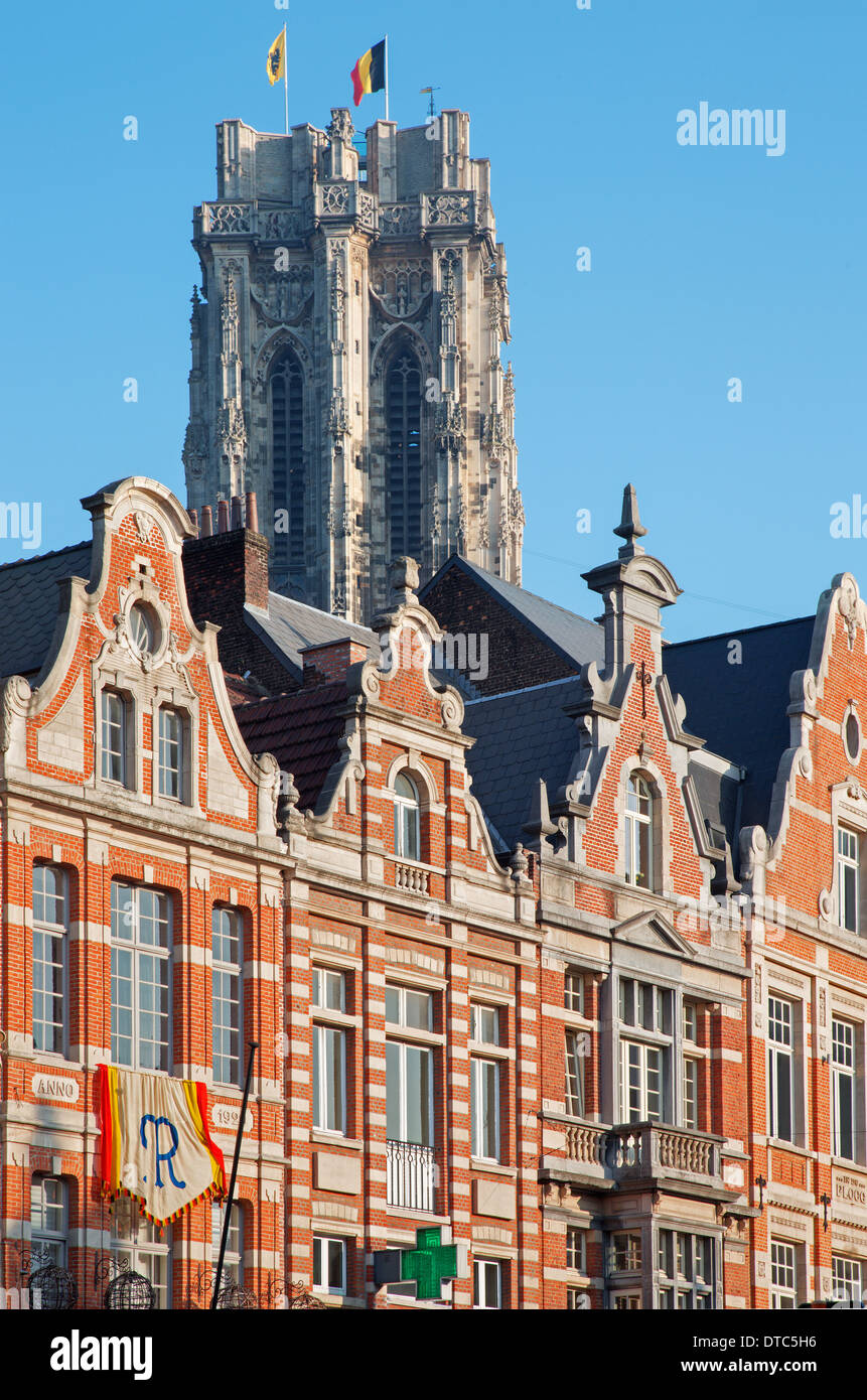 MECHELEN, BELGIUM - SEPTEMBER 4: Palace on IJzerenleen street from center of town and cathedral tower - Stock Image