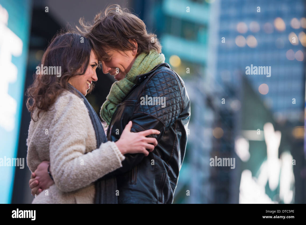Young romantic couple on vacation, New York City, USA - Stock Image