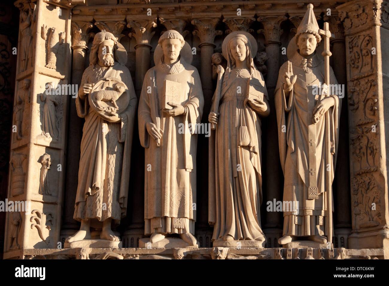 Sculptures of the Notre Dame de Paris, Portal of the Virgin - Stock Image