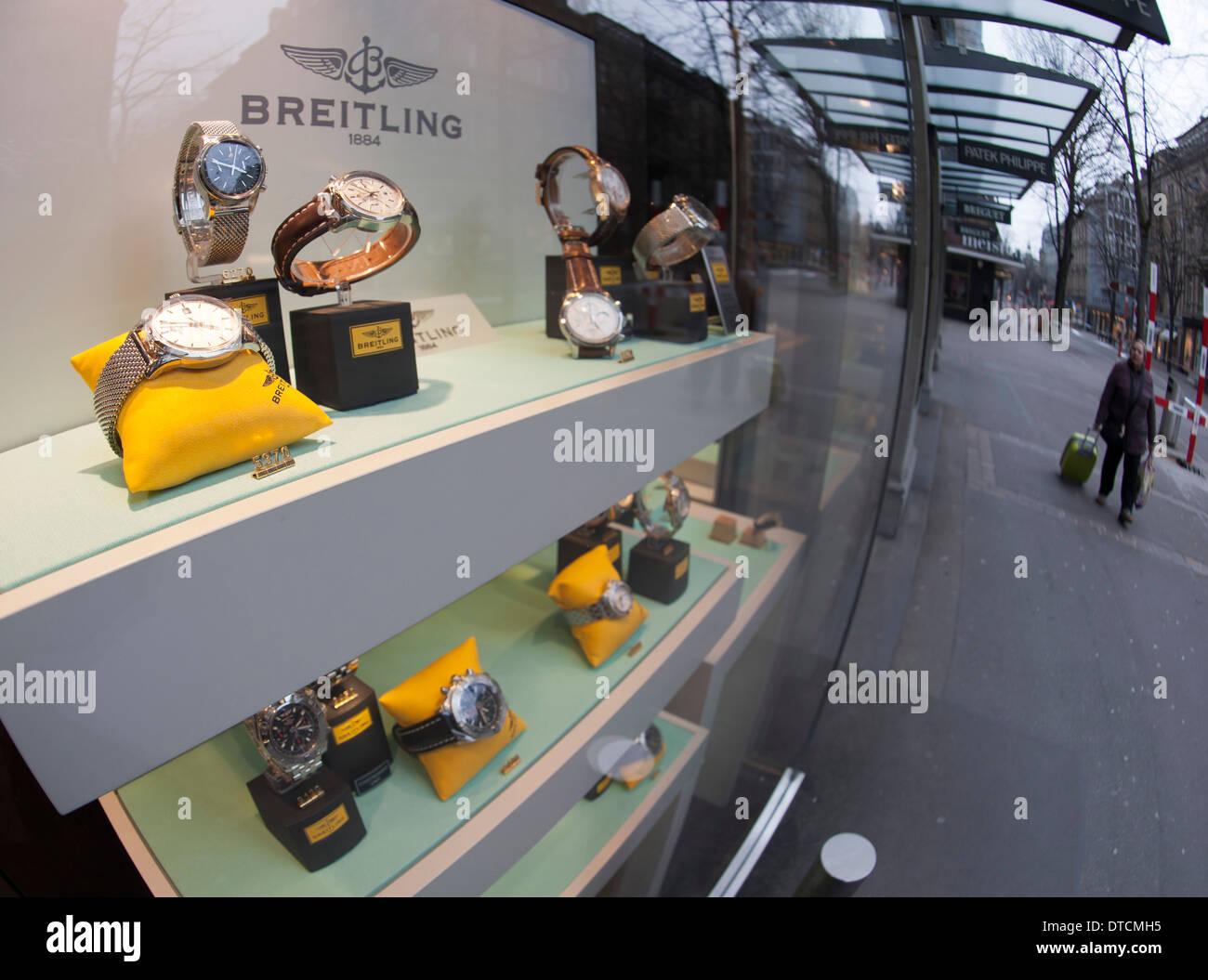 Shop window of a Swiss luxury watch maker on Zurich's Bahnhofstrasse - Stock Image