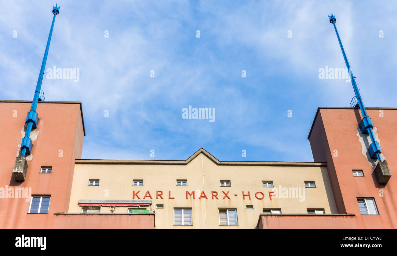 karl-marx-hof a social housing projects built between 1927 and 1930, vienna, austria - Stock Image