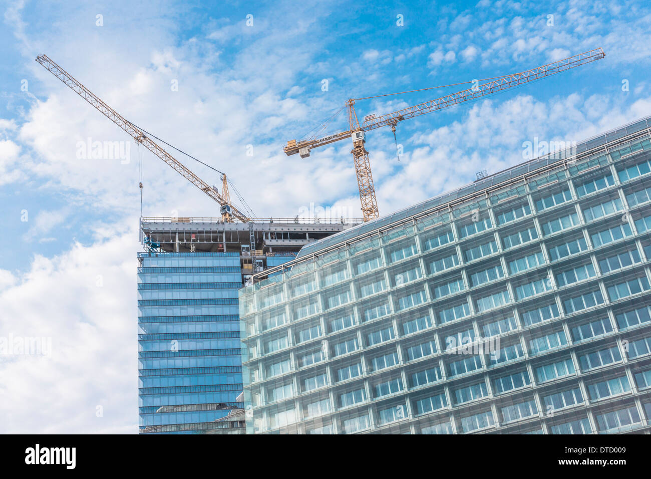 construction site for office blocks on the shore of the danube canal, vienna, austria - Stock Image
