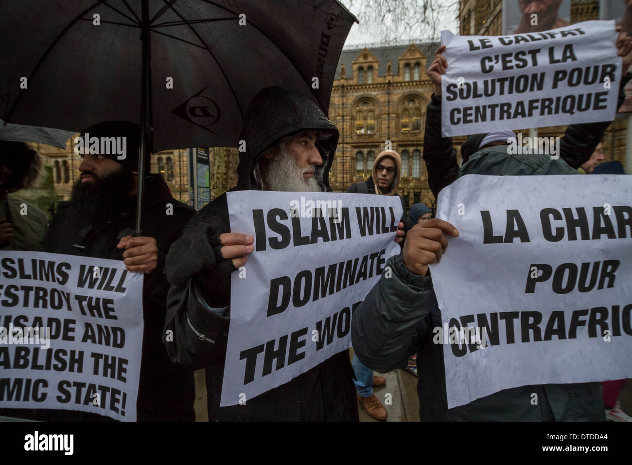 Radical Islamists protest outside French Consulate in London - Stock Image