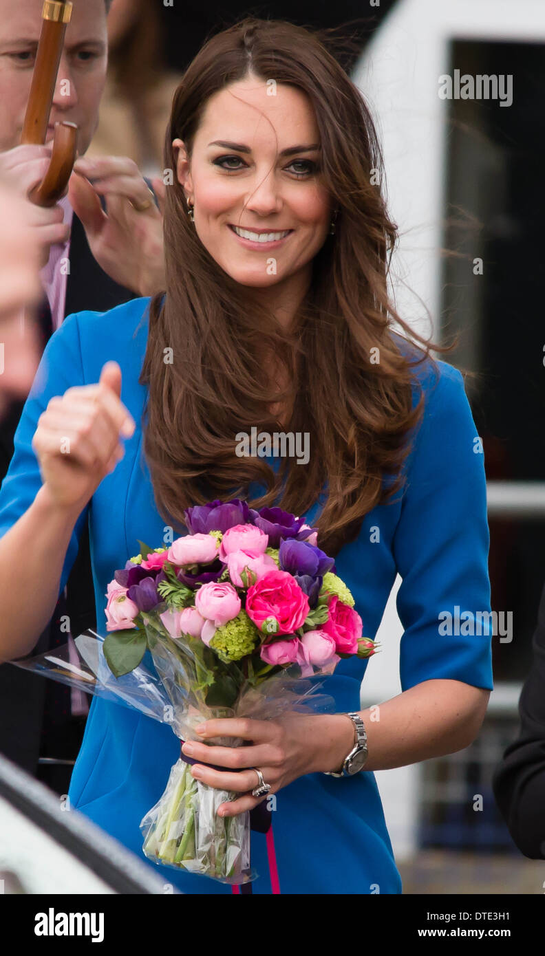 Duchess of cambridge opened the new ICAP Art Room in Northolt High school, ealing. - Stock Image