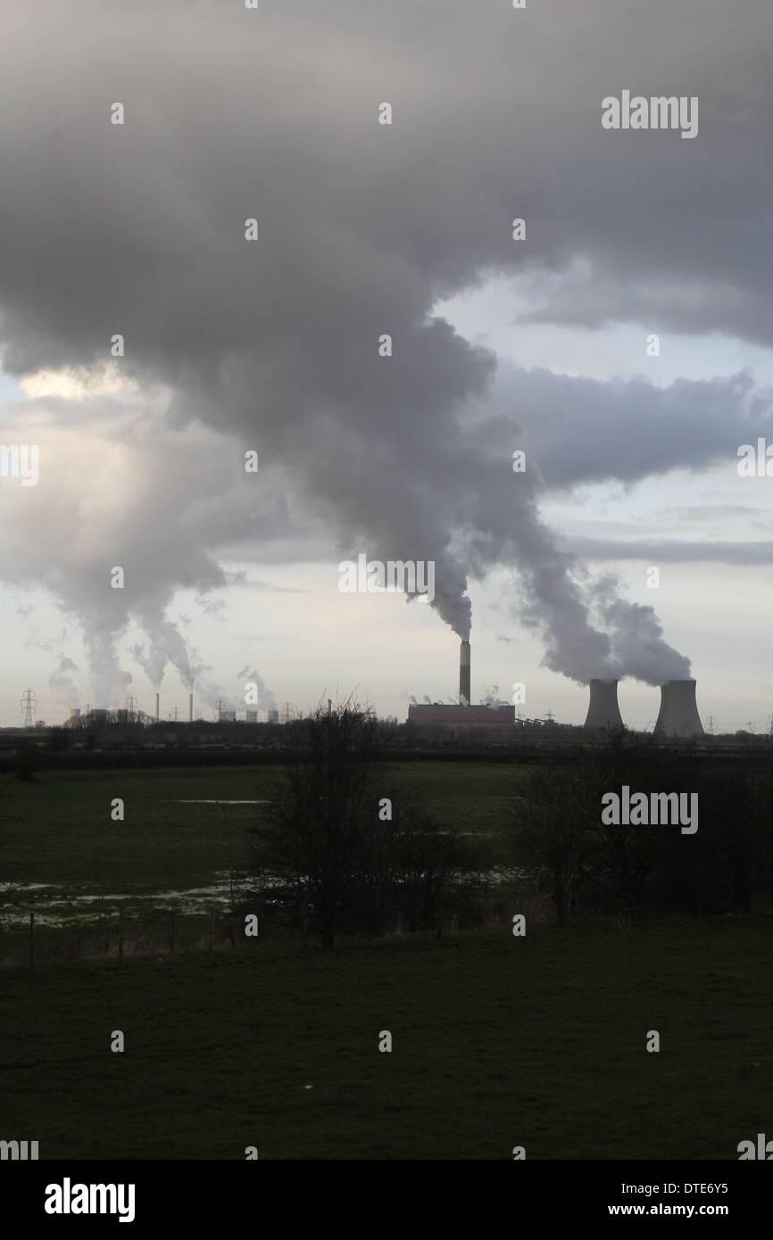 Cottam Power Station near River Trent, Nottinghamshire, England, UK - Stock Image