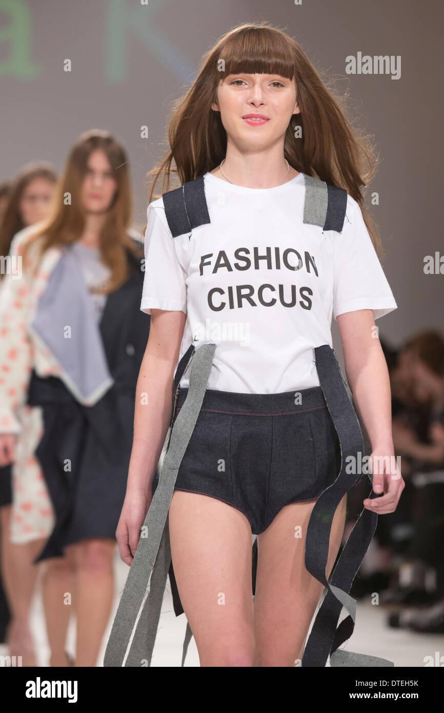 Mercedes benz fashion week киев работа в вебчате боровск
