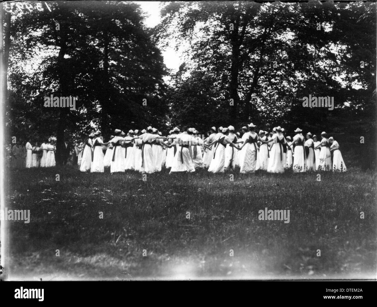 Western College on Tree Day 1914 - Stock Image