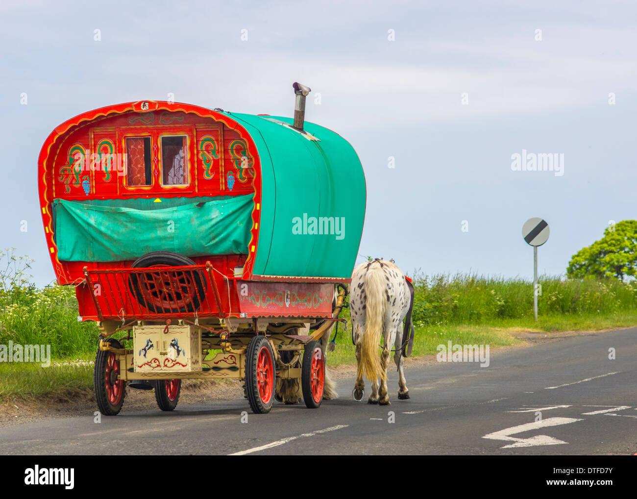 Old Traditional Gypsy Caravan - Stock Image