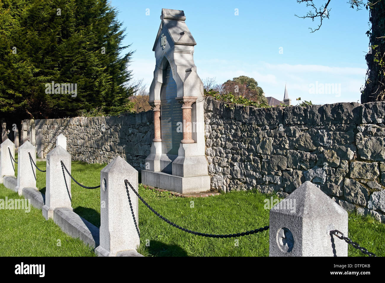 Grave and memorial in Abergele church yard to the people who perished in the railway disaster of 20th August 1868. Stock Photo