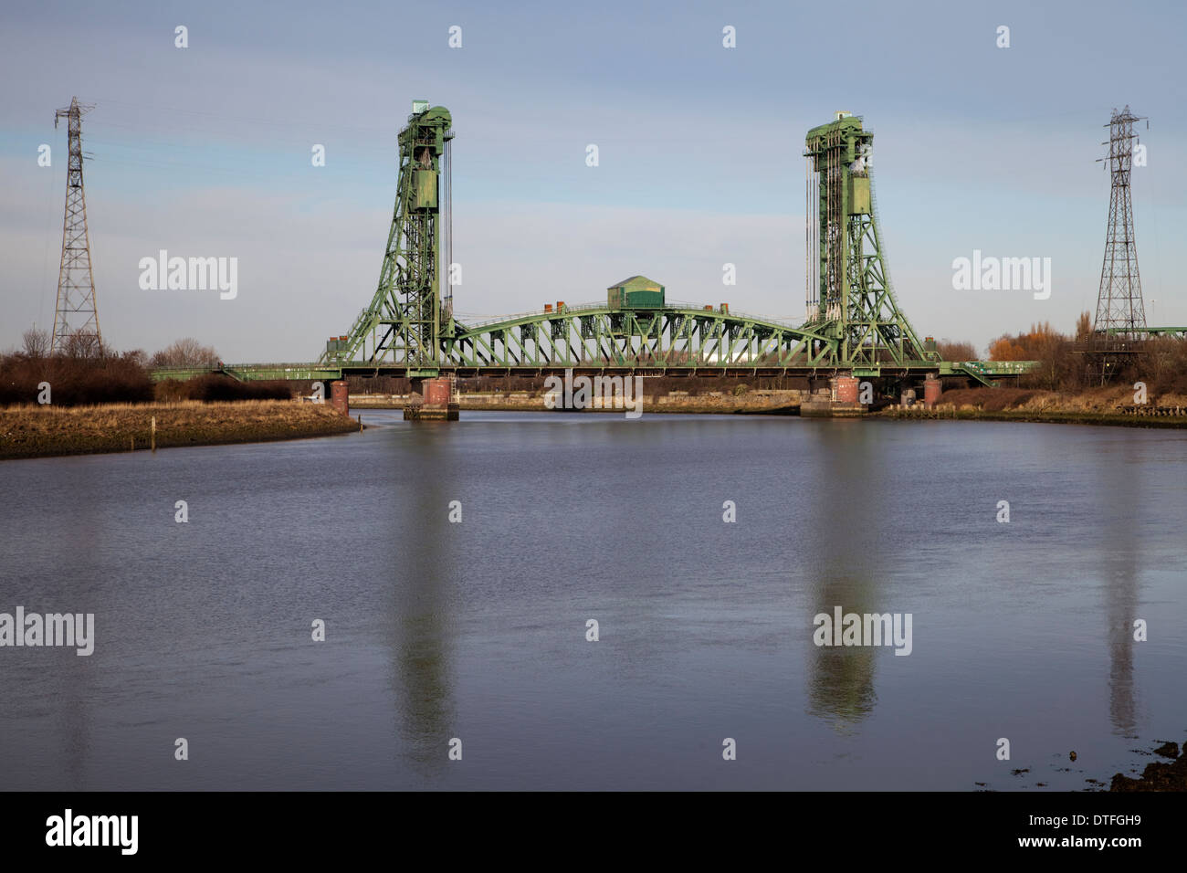 The Tees Newport Bridge is a vertical lift bridge spanning the River Tees between Middlesbrough and Stockton-on-Tees in England. Stock Photo