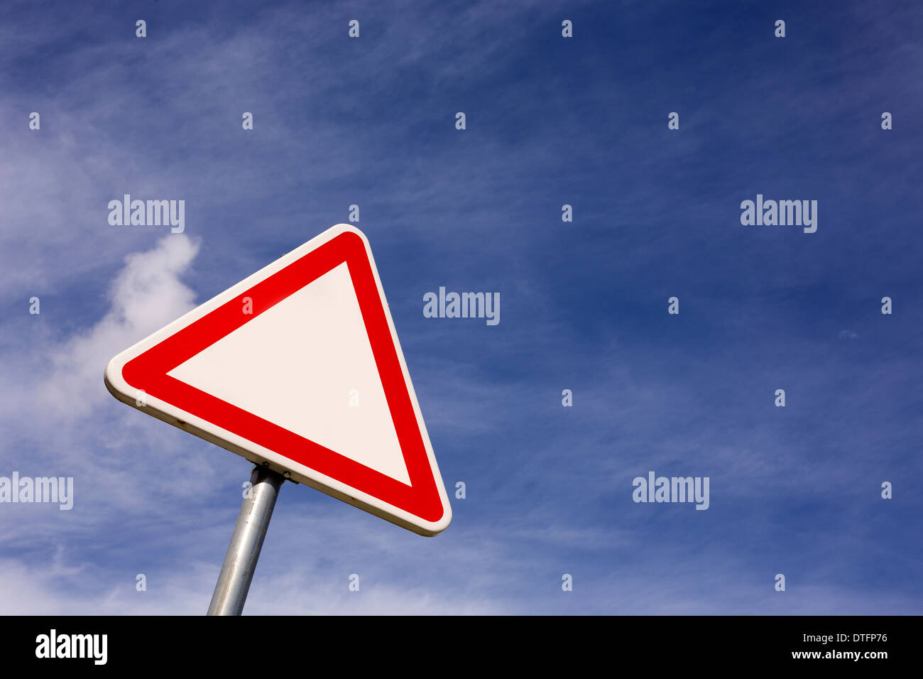 mandatory label blue sky - Stock Image