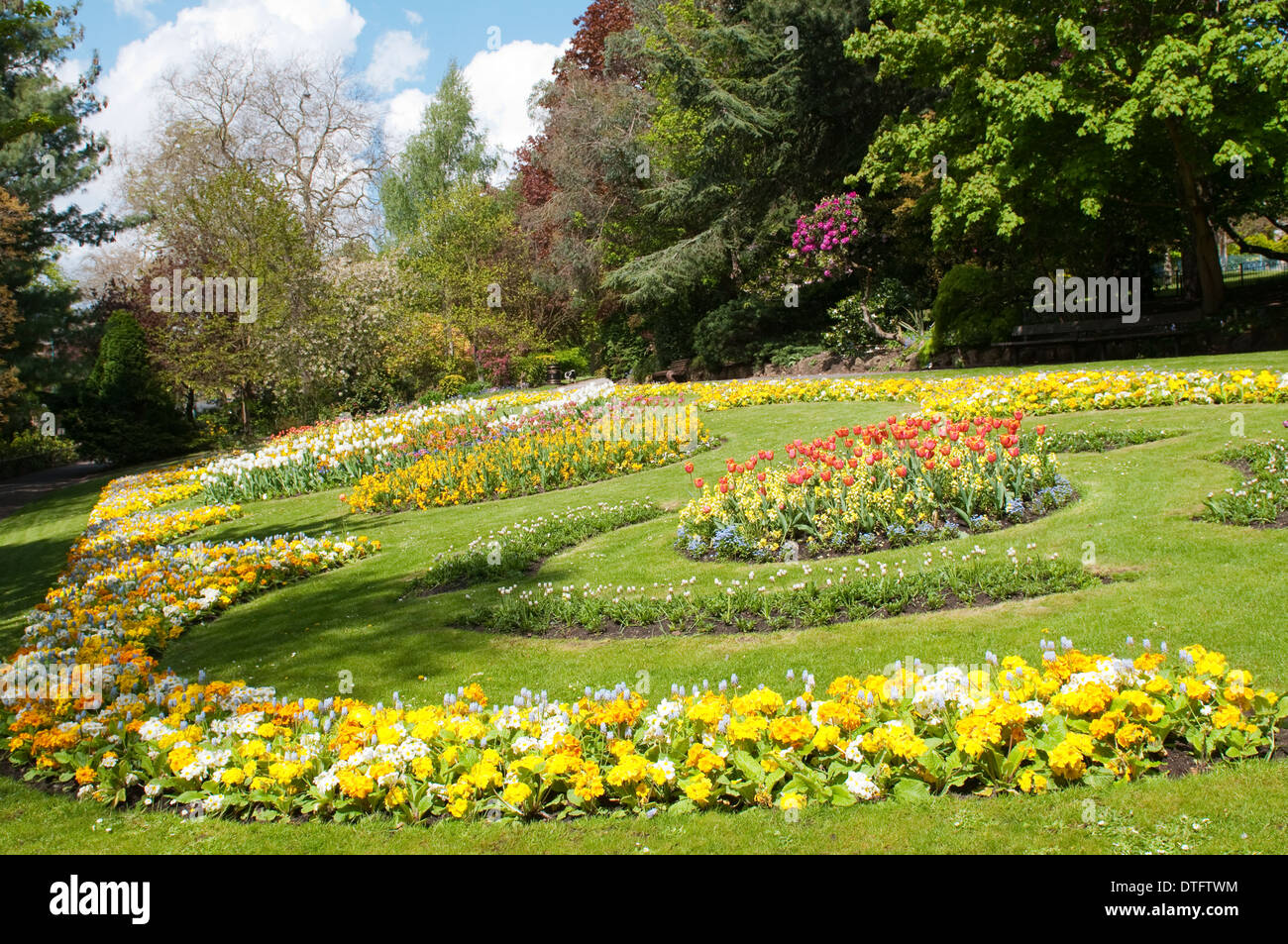 The pretty flower gardens at the arboretum city park in nottingham the pretty flower gardens at the arboretum city park in nottingham nottinghamshire england uk mightylinksfo