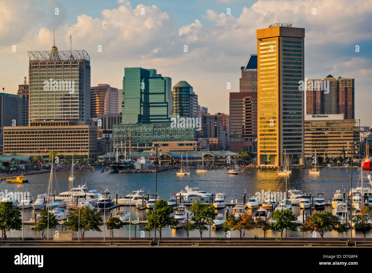 The Baltimore Inner Harbor Skyline shortly before sunset, as viewed from Federal Hill in Baltimore, Maryland. - Stock Image
