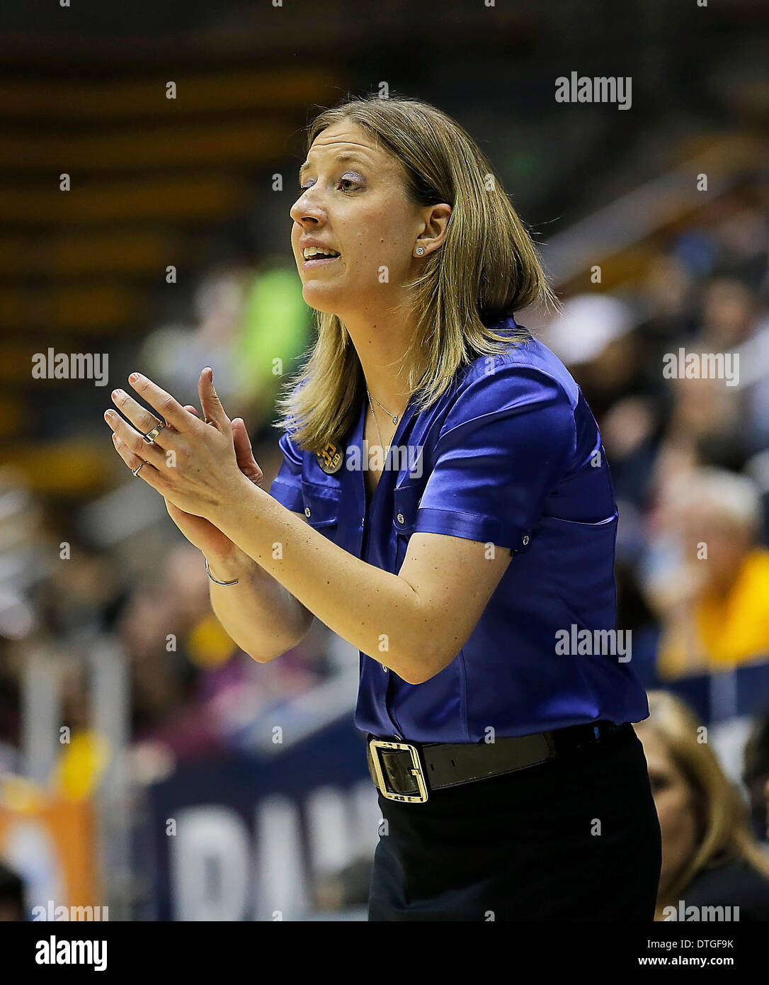 Berkeley, CA, USA. 16th Feb, 2014. Feb 16 2014 - Berkeley CA USA California Bears Head Coach Lindsay Gottlieb during Stock Photo