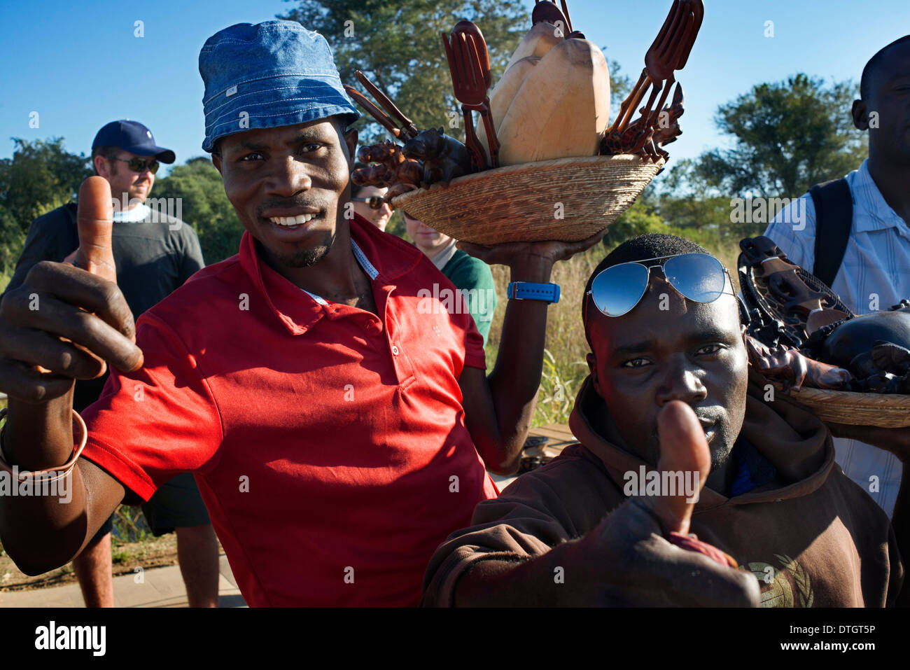 Craft vendors on the border between Botswana and Zambia. From Victoria Falls is possible to visit the nearby Botswana. - Stock Image