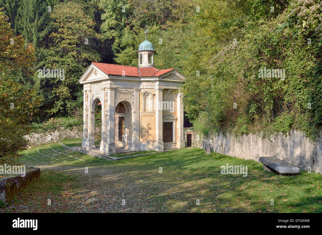 Chapel III, historic pilgrimage route to the Sanctuary of Santa Maria del Monte on the Sacro Monte di Varese or Sacred Mount of - Stock Image