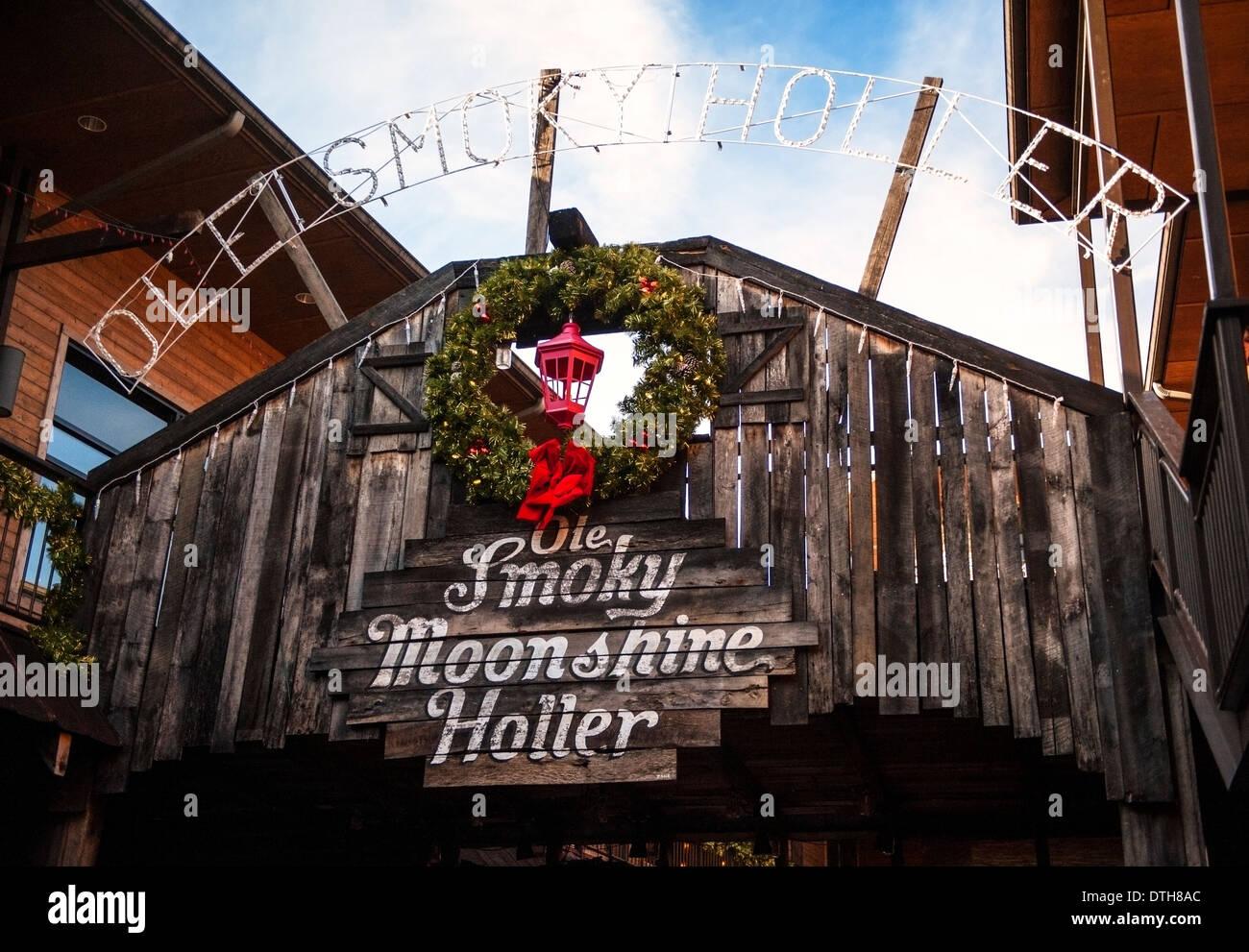 Ole Smoky Moonshine Holler in Gatlinburg Tennessee - Stock Image