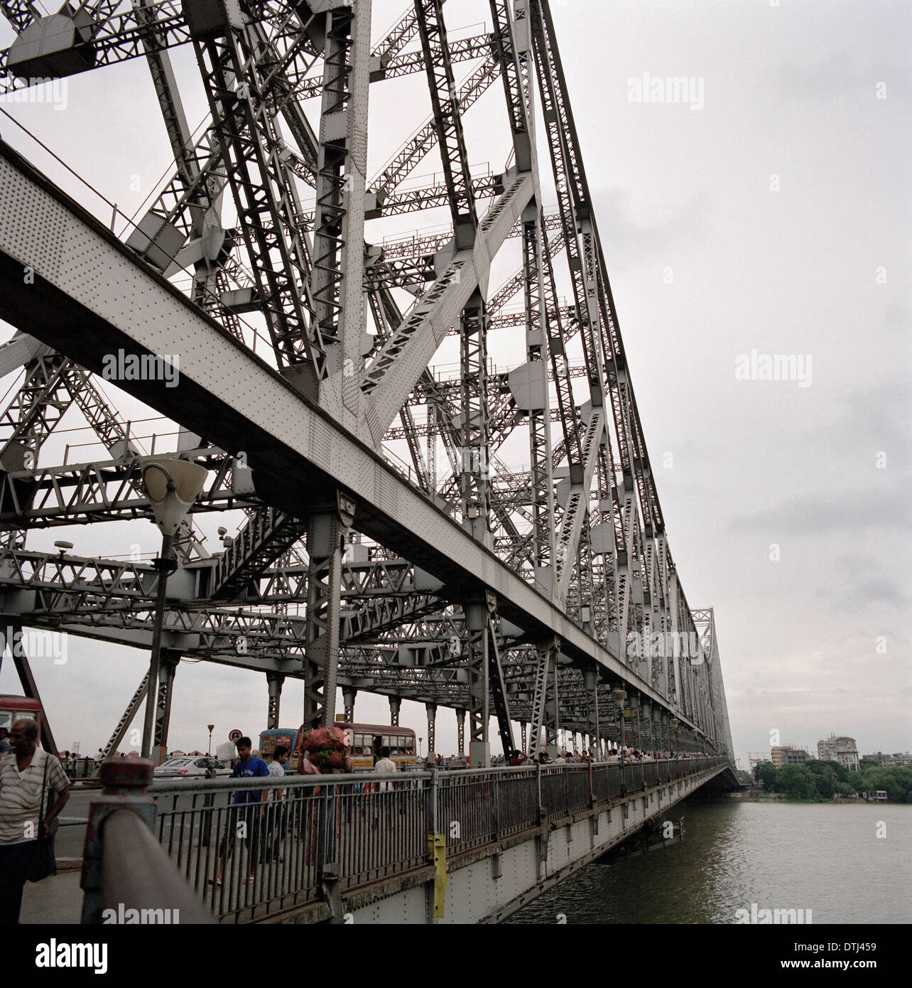 Howrah Bridge in Kolkata Calcutta in West Bengal in India in South Asia. Architecture Building Bridges Design Strength Structures Abstract Art Travel - Stock Image