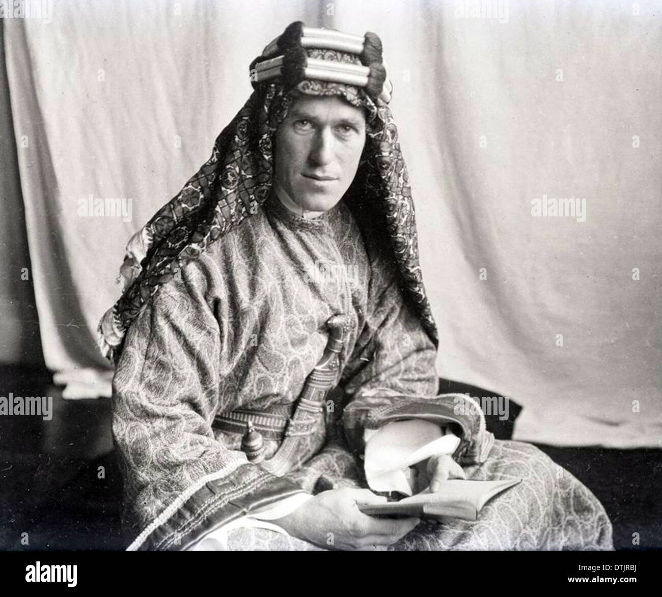 24 x 36 1888-1935 TE Lawrence Nbritish Archaeologist Soldier And Writer Oil Over A Photograph ND Poster Print by