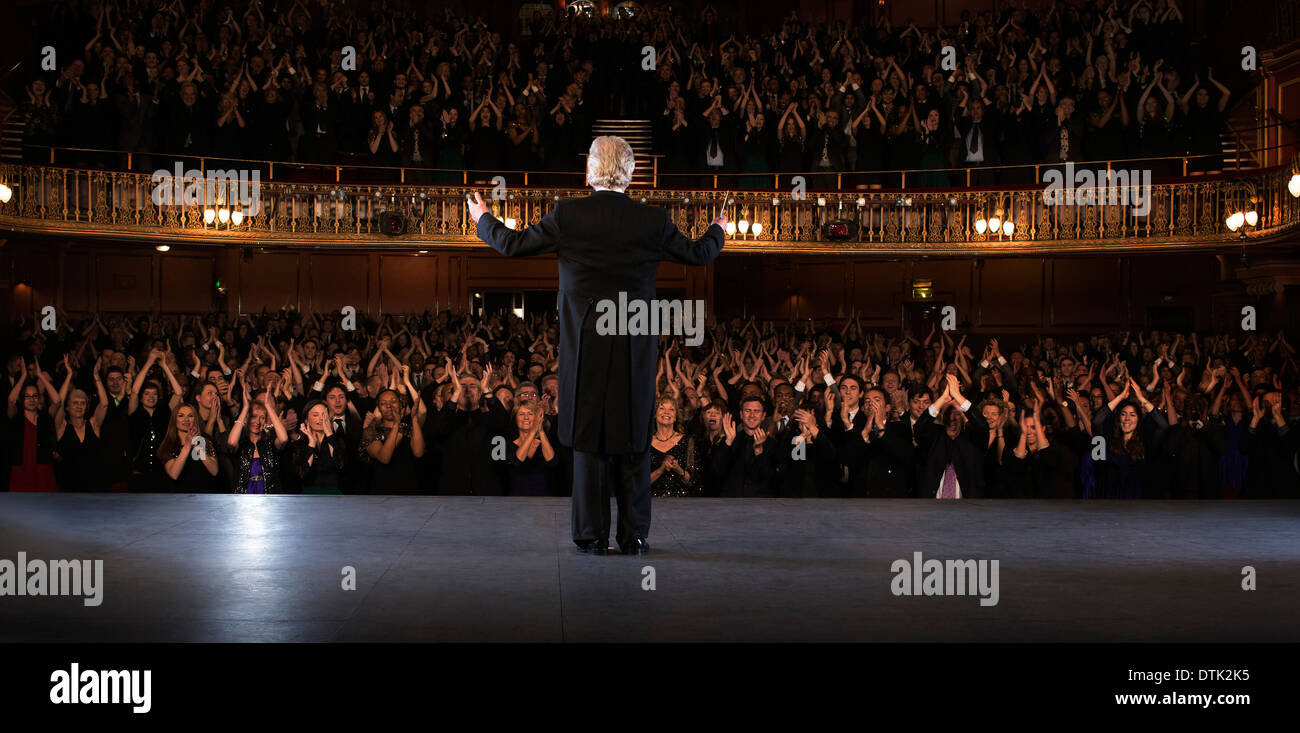 Performer on stage in theater - Stock Image