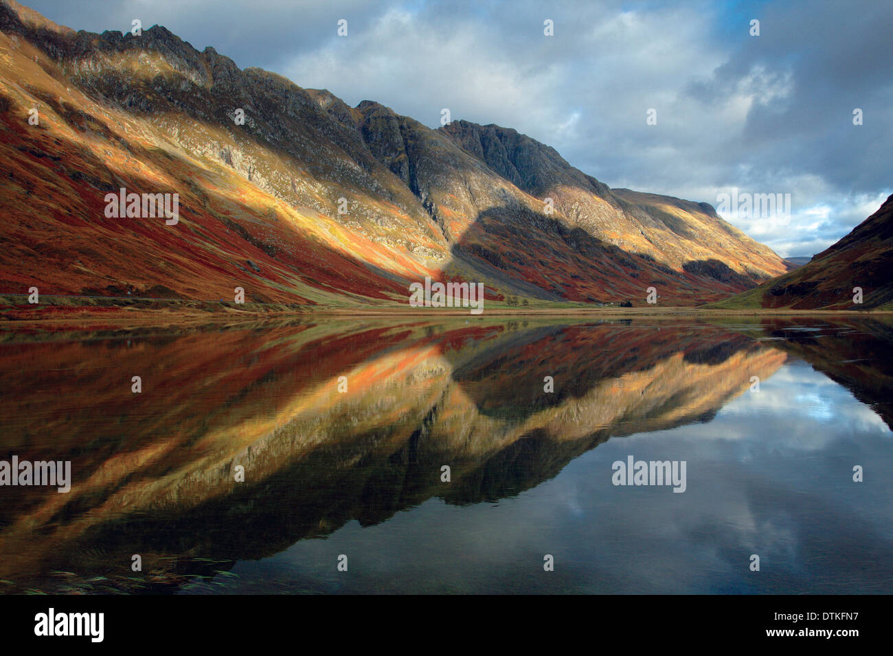 Loch Achtriochtan and the Aonach Eagach, Glencoe, Highland - Stock Image