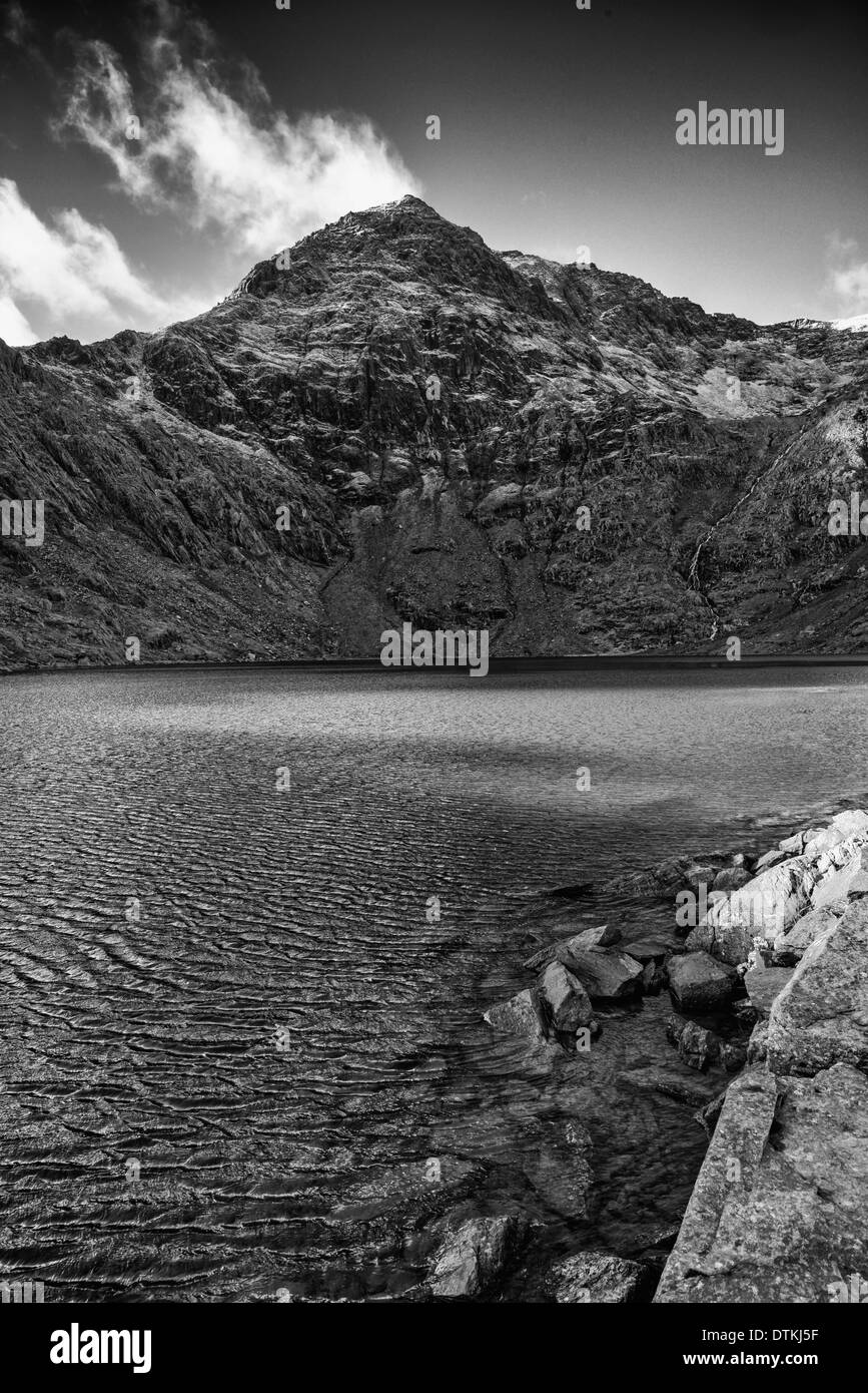 The Trinity Face of Snowdon in winter - Stock Image