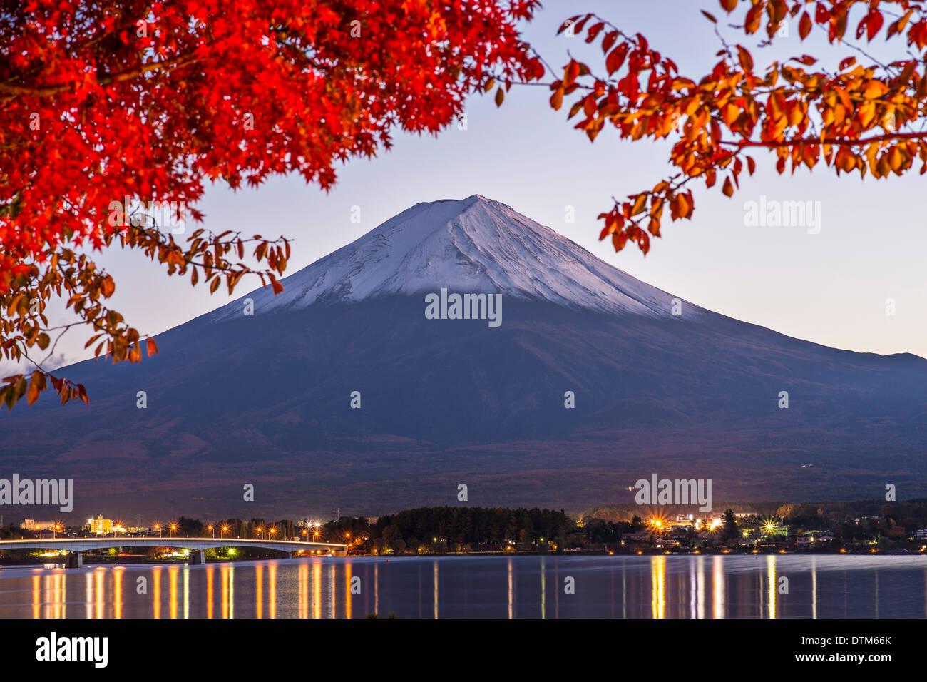 Fuji Mountain on Lake Kawaguchi in the fall season at dusk. - Stock Image