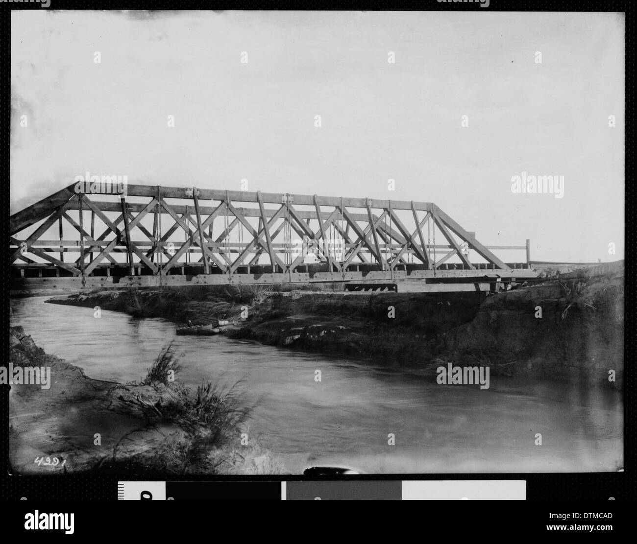 Howe Truss Stock Photos Images Alamy Bridge Diagram Track Pony By Wood Across The Alamo River Below Holtville Imperial County California