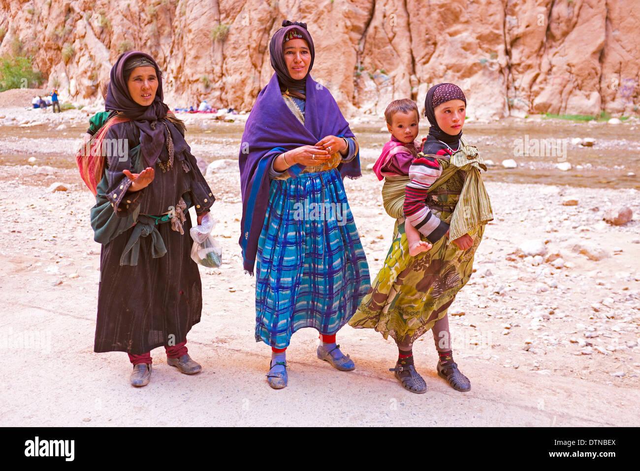 Tribu Nomade (des Femmes) Payer Avec Paypal Grosses Soldes Bon Marché Boutique Vente En Ligne d2WXVy