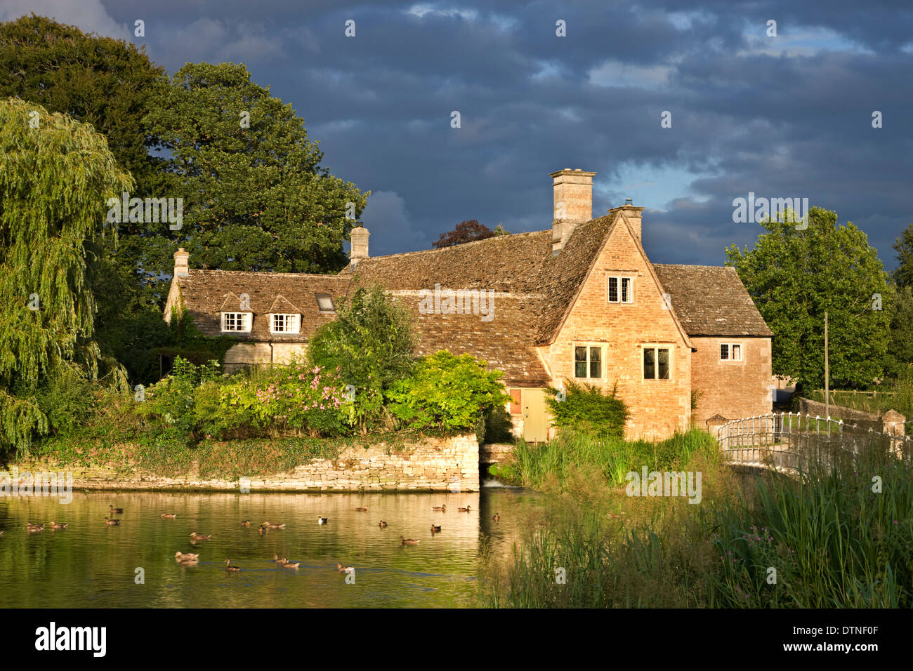 Picturesque Fairford Mill in the Cotswolds, Gloucestershire, England. Summer (July) 2010. - Stock Image