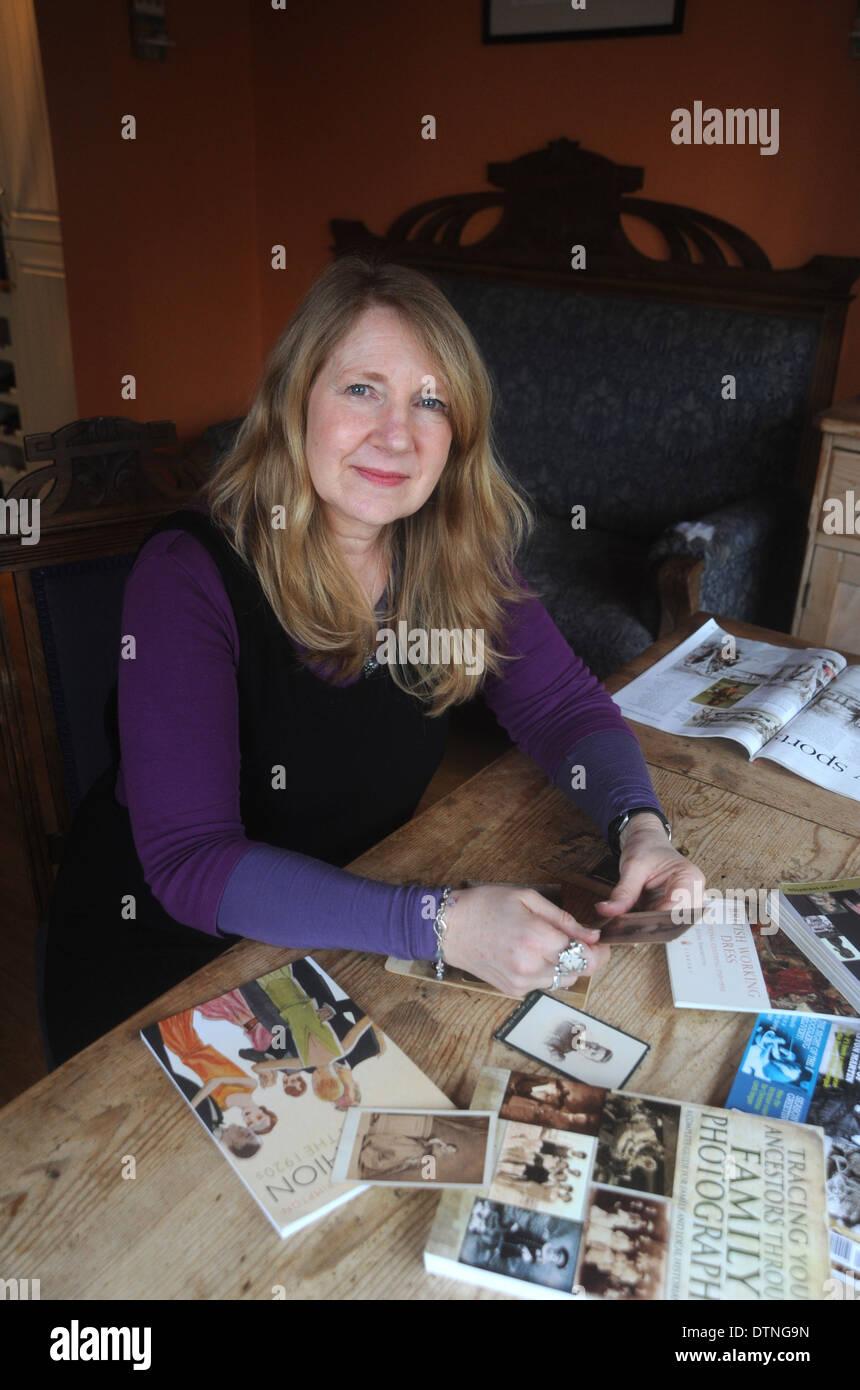 Jayne shrimpton dating photographs