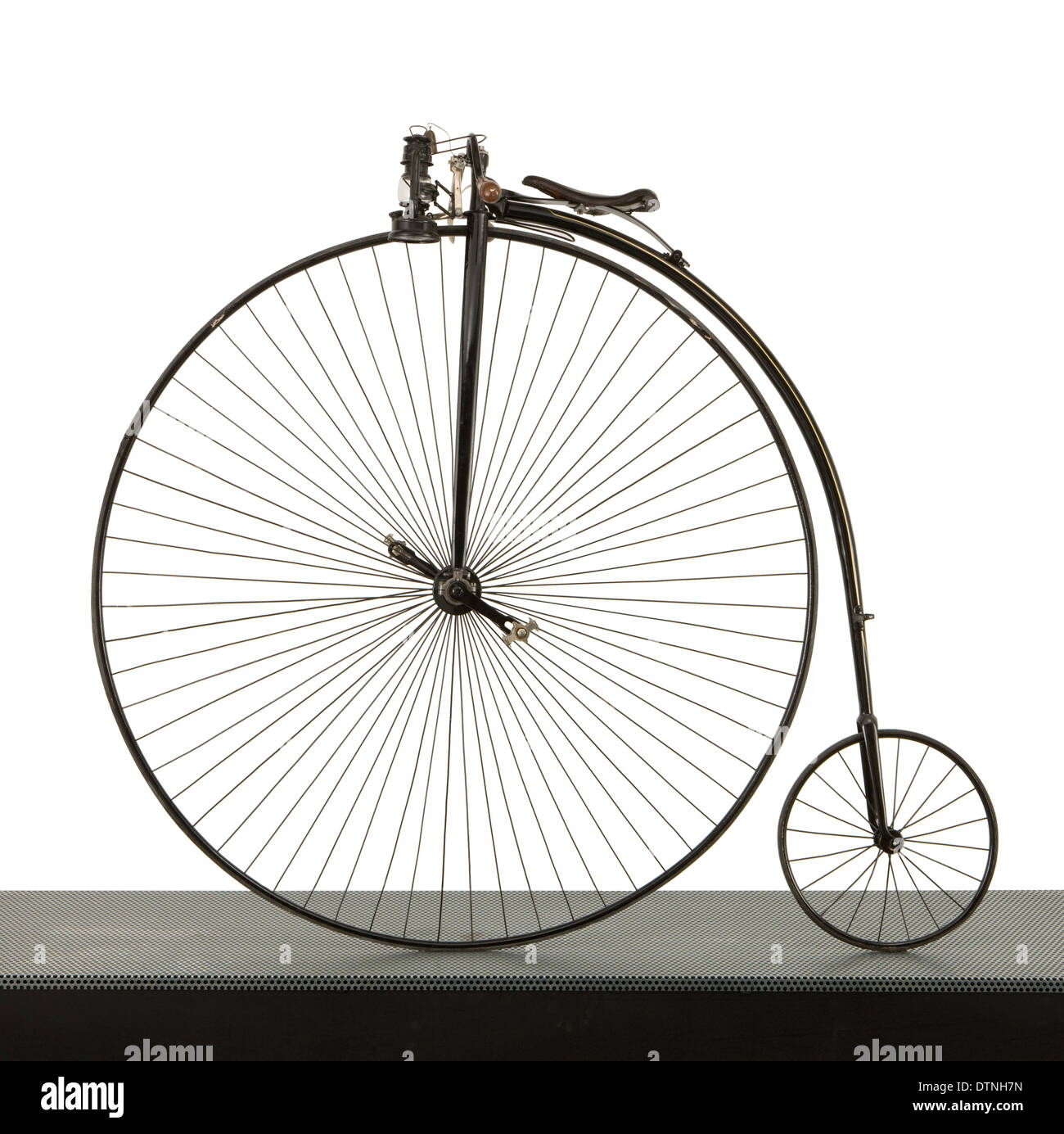 A 52 inch Ordinary bicycle, cerca 1880, commonly known as a penny farthing. - Stock Image