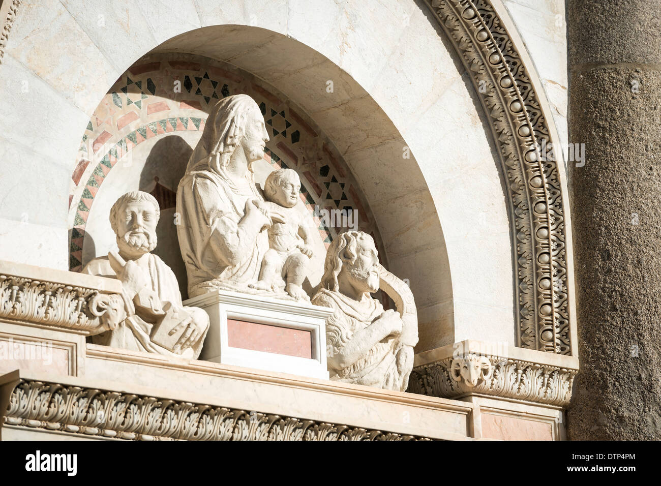 Statuary on the Leaning Tower in Pisa, Italy, Tuscany - Stock Image