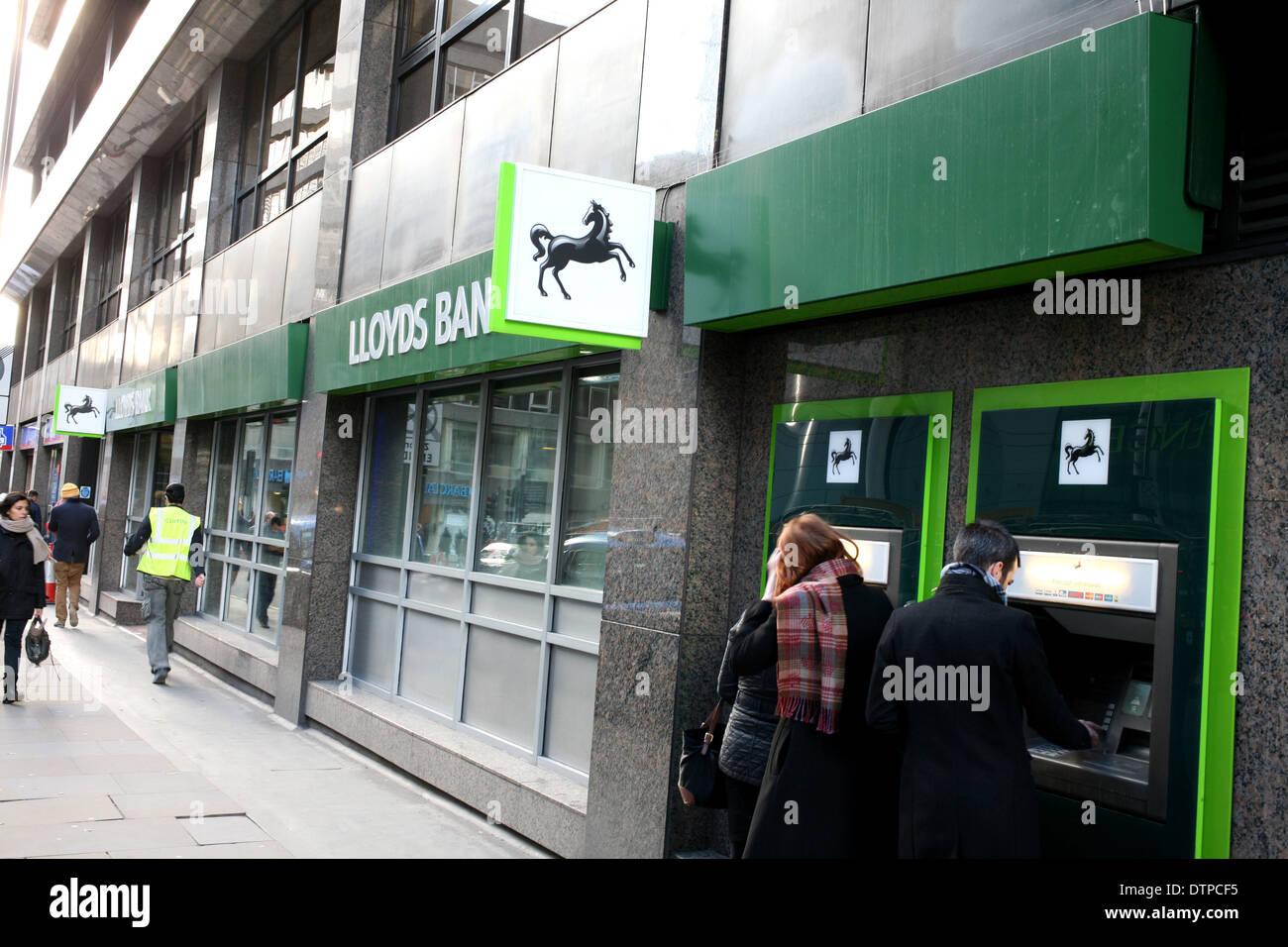 Lloyds Online Banking Stock Photos & Lloyds Online Banking Stock ...