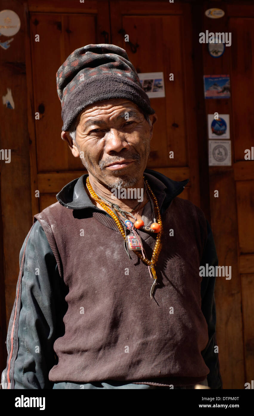 Nepalese man in the village of Ghap, Nepal. - Stock Image
