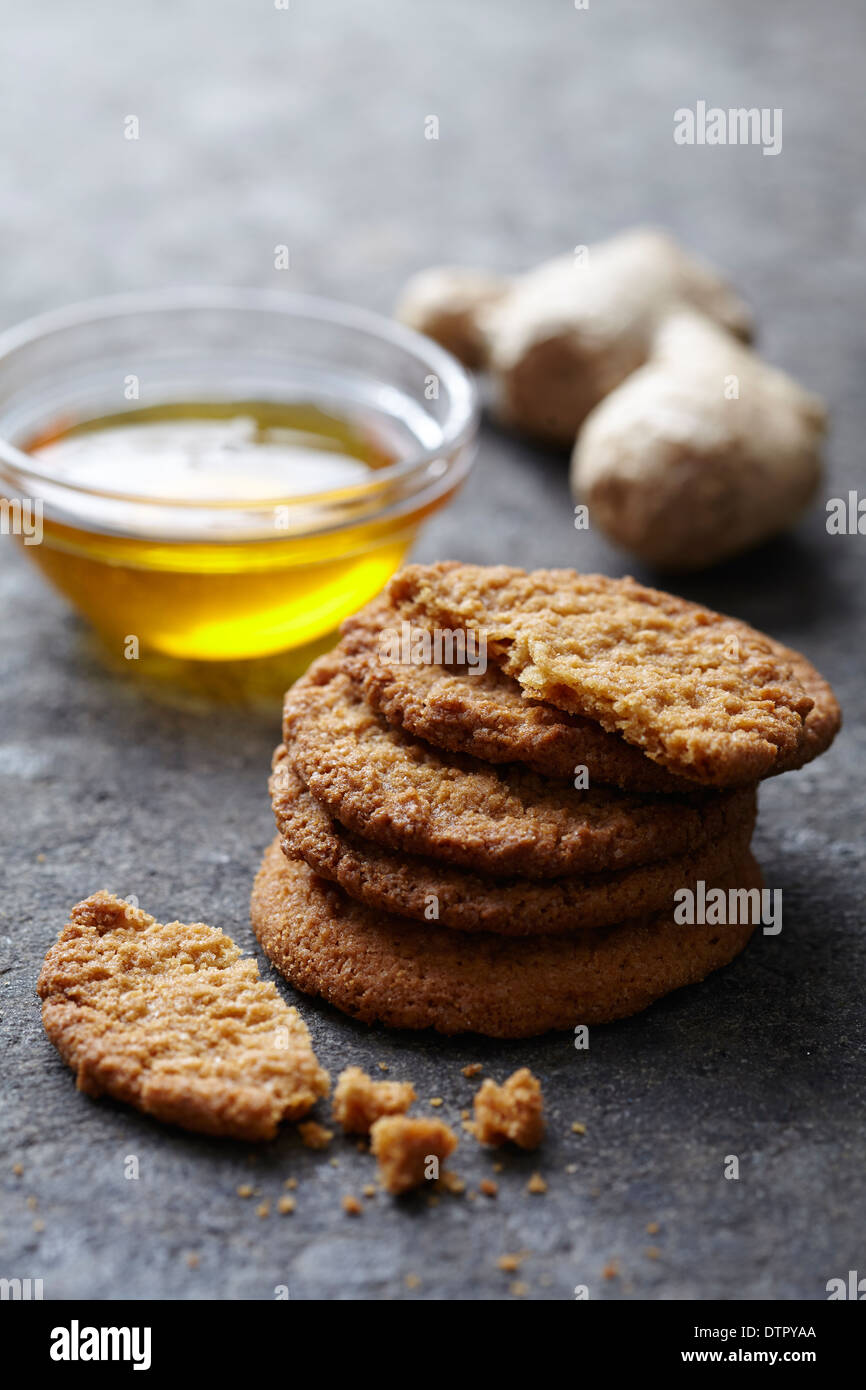 fresh ginger and honey snaps - Stock Image