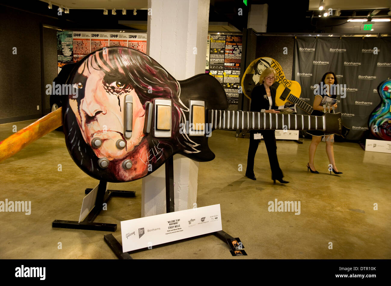 Hollywood, USA. 21st Feb, 2014. Gibson art guitar project contributor Stacey Wells' guitar inspired by Alice Cooper on display at Bonham's in Hollywood where it was being auctioned off for charity. Credit:  Robert Landau/Alamy Live News - Stock Image