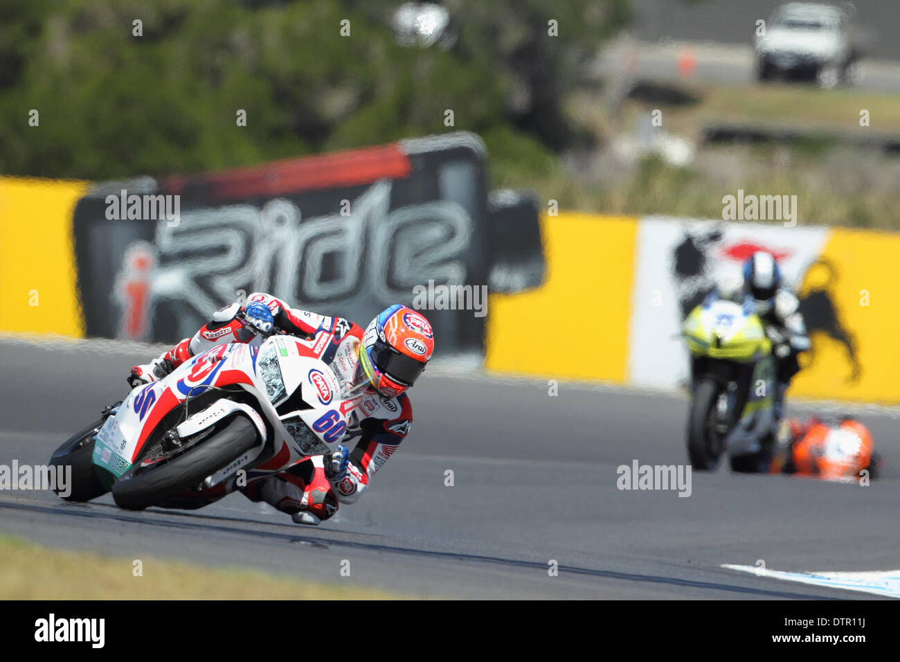 Phillip Island Grand Prix, Australia. Sunday, 23 February, 2014. Round 1, 2014 FIM World Superbike Championship. Michael van der Mark enters MG corner at the Phillip Island Grand Prix Circuit during the World Supersport Race. Despite a strong showing over the weekend van der Mark did not finish the World Supersport Race. Credit:  Russell Hunter/Alamy Live News - Stock Image