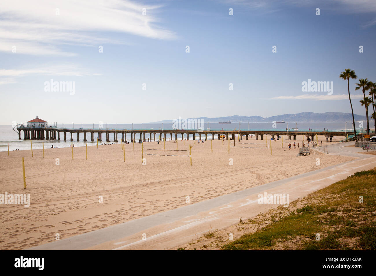 Manhattan Beach and pier on a warm sunny day in Los Angeles, California, USA - Stock Image