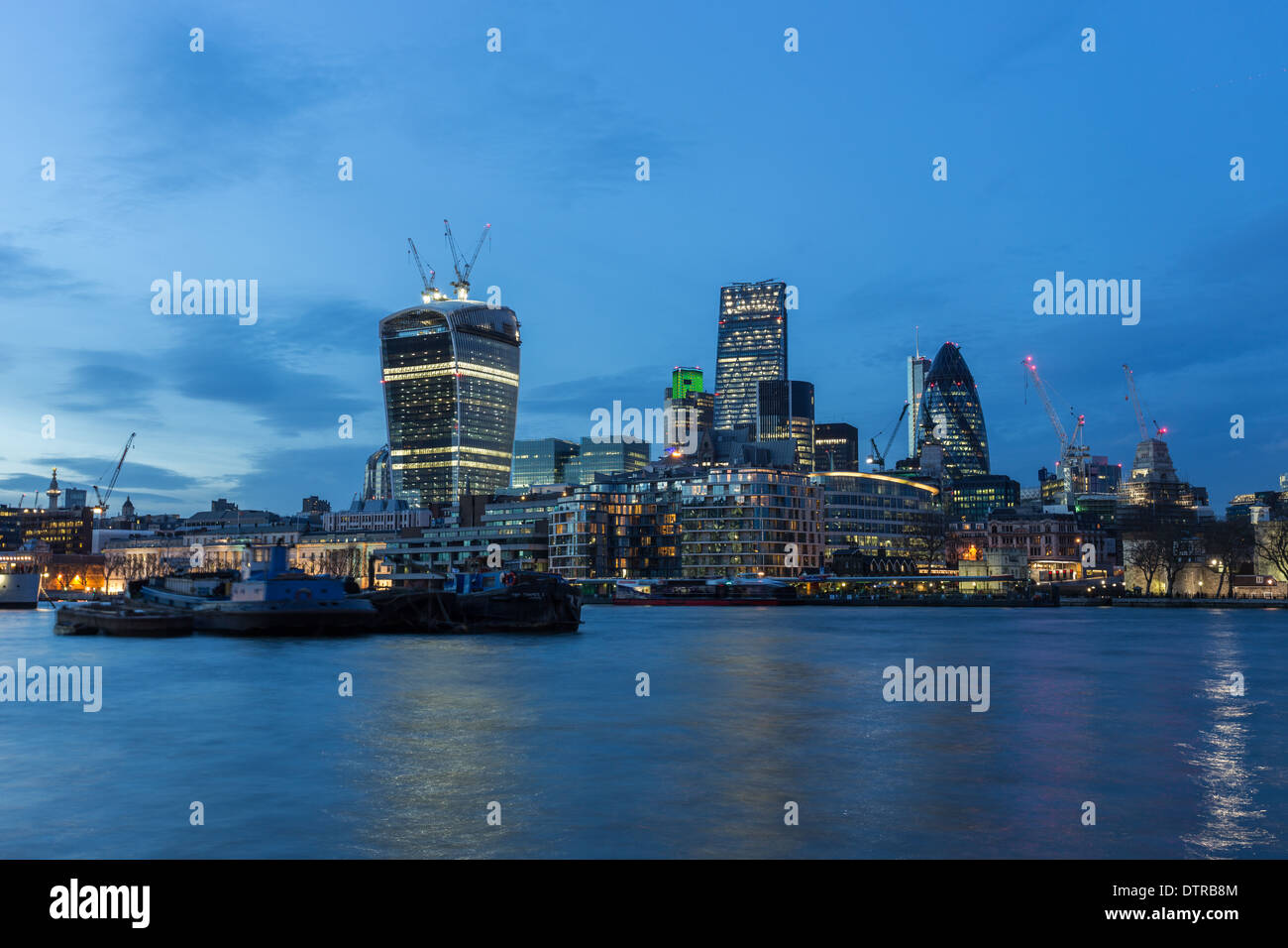 London buildings; 20 Fenchurch Street (left), 122 Leadenhall Street (middle) and 30 St Mary Axe (right). - Stock Image