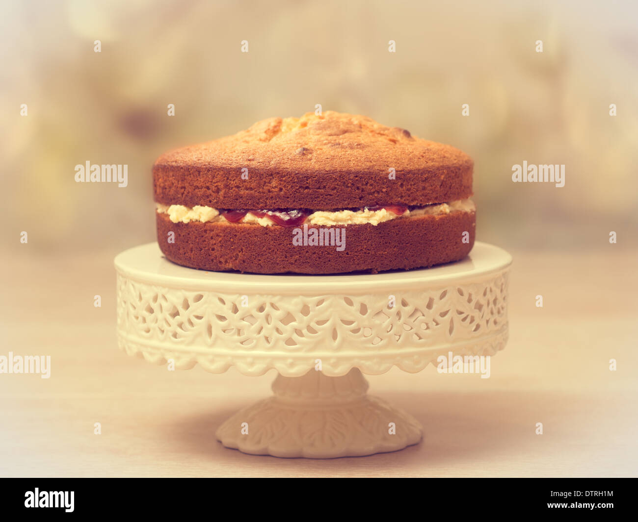 how to make cream for sponge cake