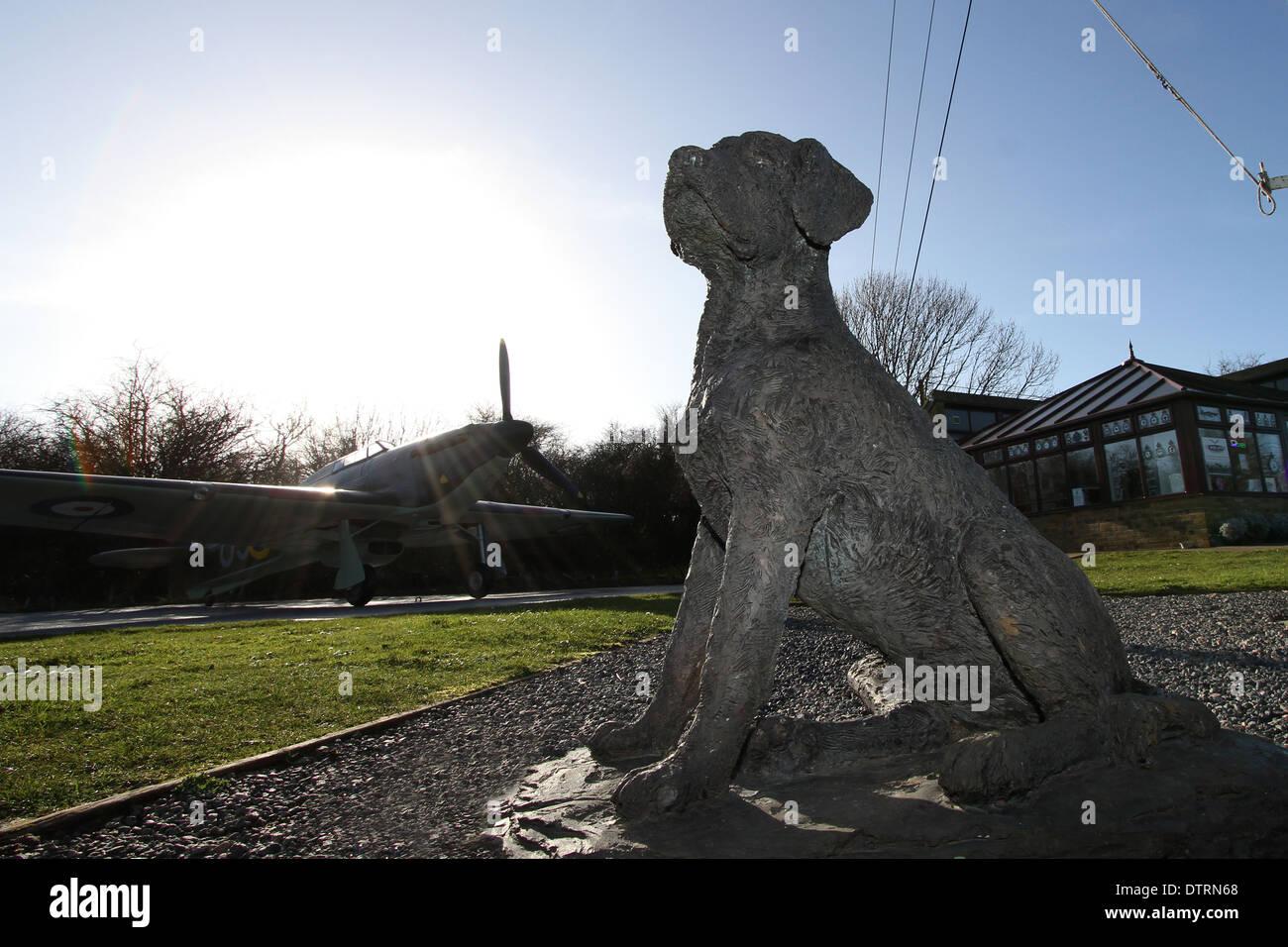 bob the squadron dog battle of britain memorial capel le ferne spitfire hurricane fighter pilots aces dover folkestone kent - Stock Image