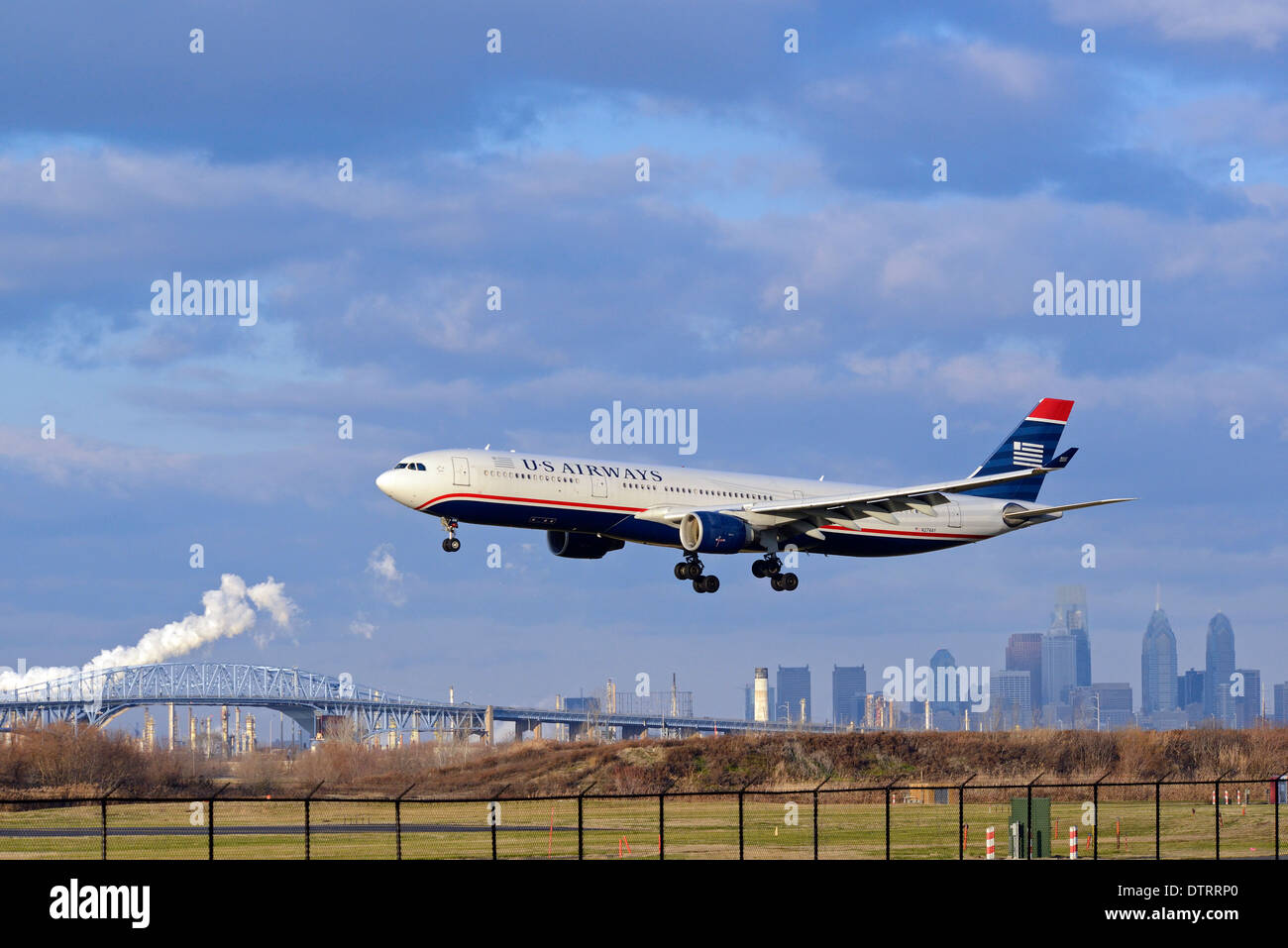 Air travel at Philadelphia International Airport in Philadelphia, Pennsylvania. - Stock Image
