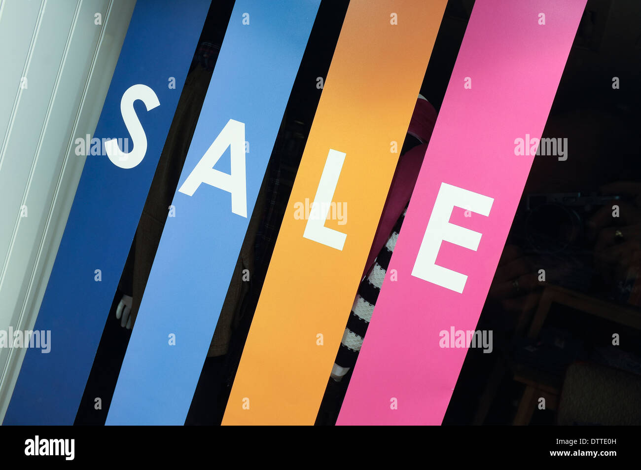Shop window sale banners Crew store - Stock Image
