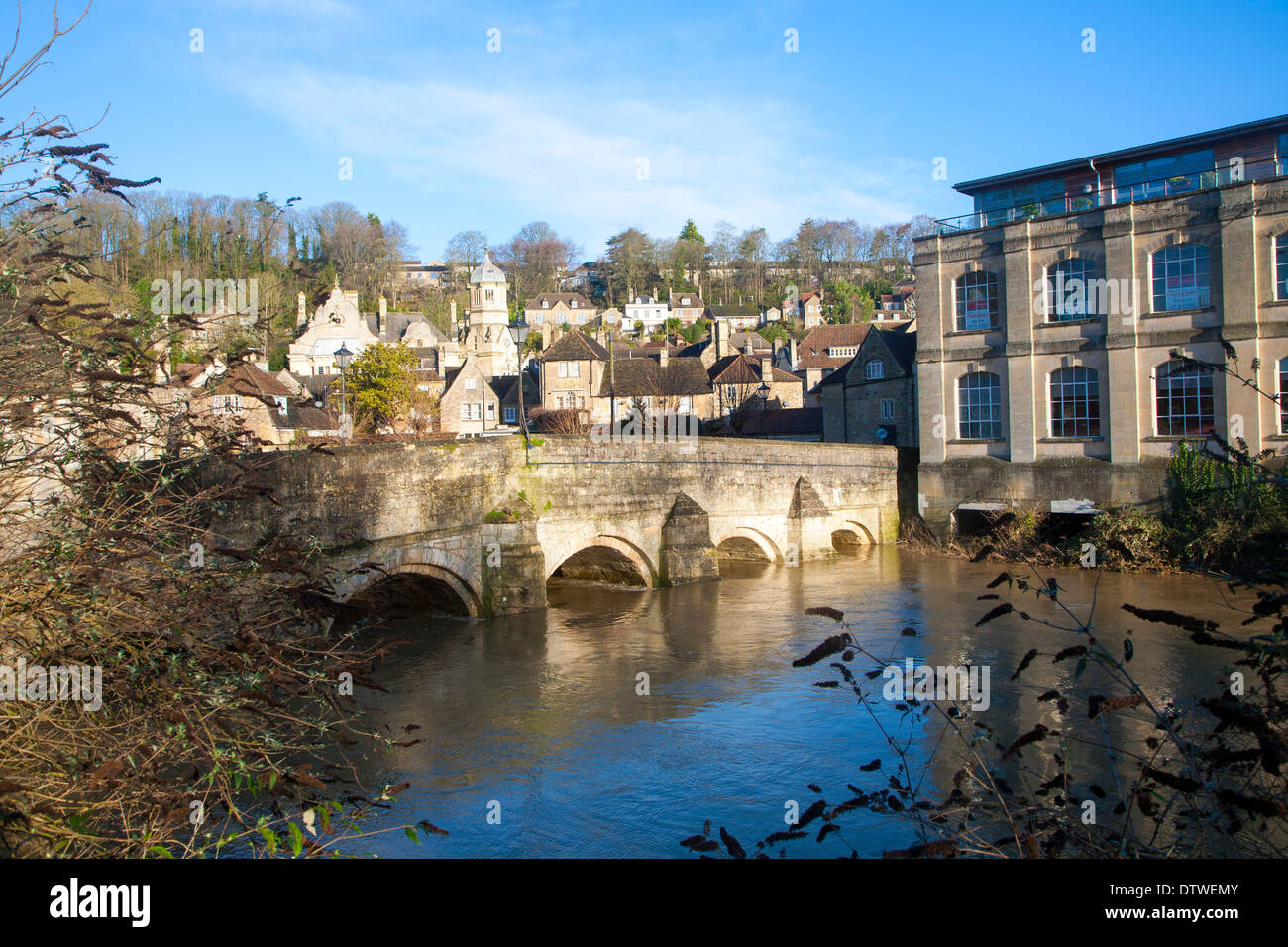 Bridge over River Avon with high level of water, Bradford on Avon, Wiltshire, England - Stock Image